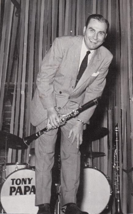 1954 — Artie Shaw